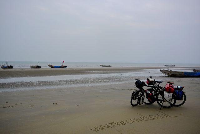 marcovelo aan het strand