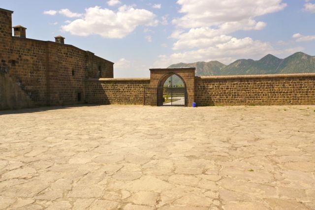 Karavanserai richting Tatvan
