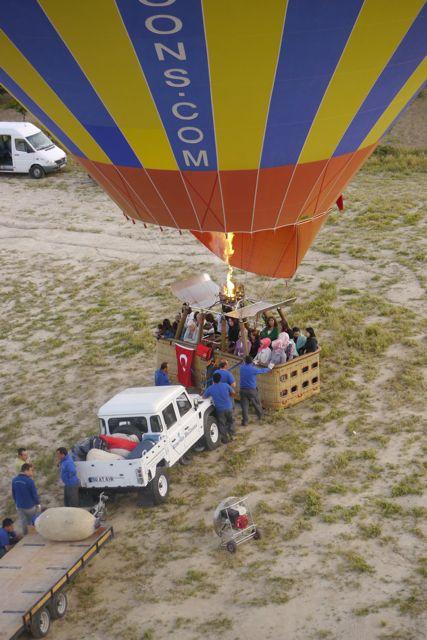 er stijgt nog een ballon op vlak naast ons