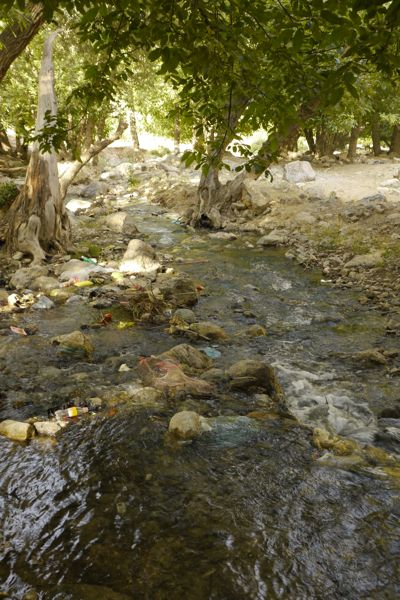 Iran heeft prachtige natuur. Alleen als je er kunt picknicken is het al gauw een vuilnisbelt.