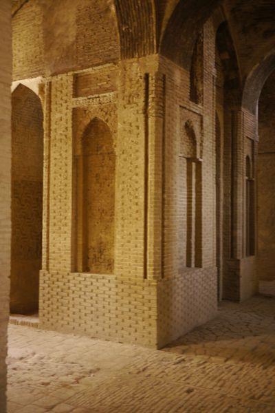In het oudste gedeelte van de Jameh moskee