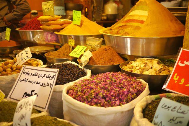 specerijen in de bazaar.