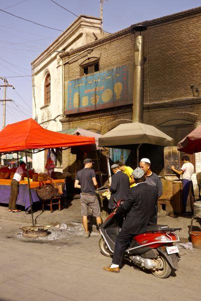 Overal marktkraampjes in de oude stad