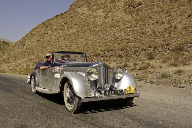 Bentley in groot landschap?!