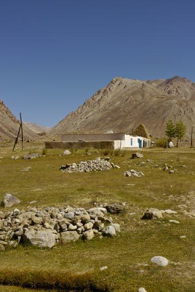 Zo wordt het hooi gedroogd in de Pamir