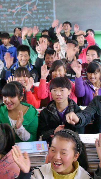Veel Chinezen? Ja, maar we denken dat het in de klas kwam omdat ze twee groepen in een klaslokaal hadden geperst vanwege ons bezoek.