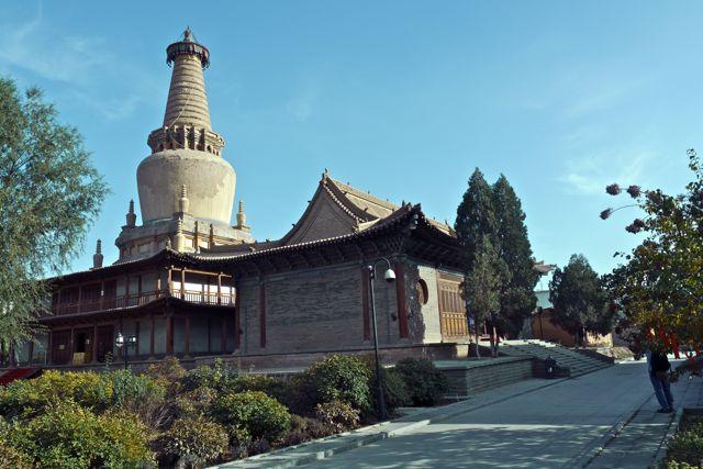 Een van de gebouwen van het tempelcomplex