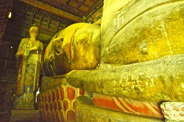 De grootste liggende Boeddha van China