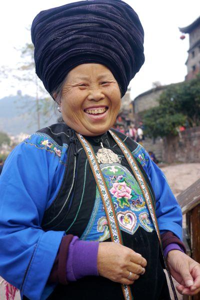 Deze dame had veel lol om het lengteverschil tussen 'ons westerlingen' en haarzelf.