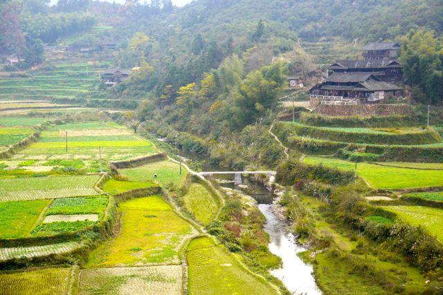 Een dorp van de Dong - een minderheidsgroep in China.-