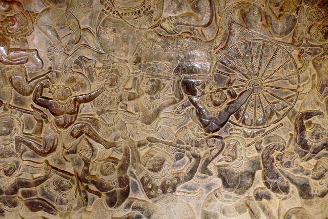 Bas relief op de muren van Angkor Wat