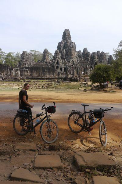 Bayon; de enige Boeddhistische tempel binnen Angkor Thom.